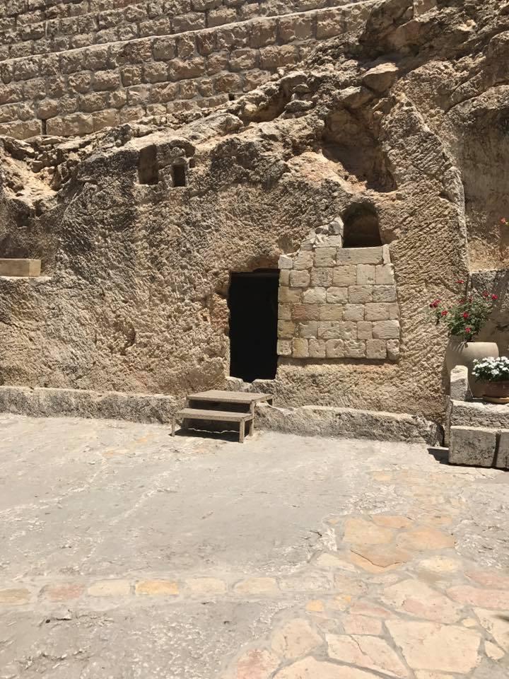 Garden Tomb0