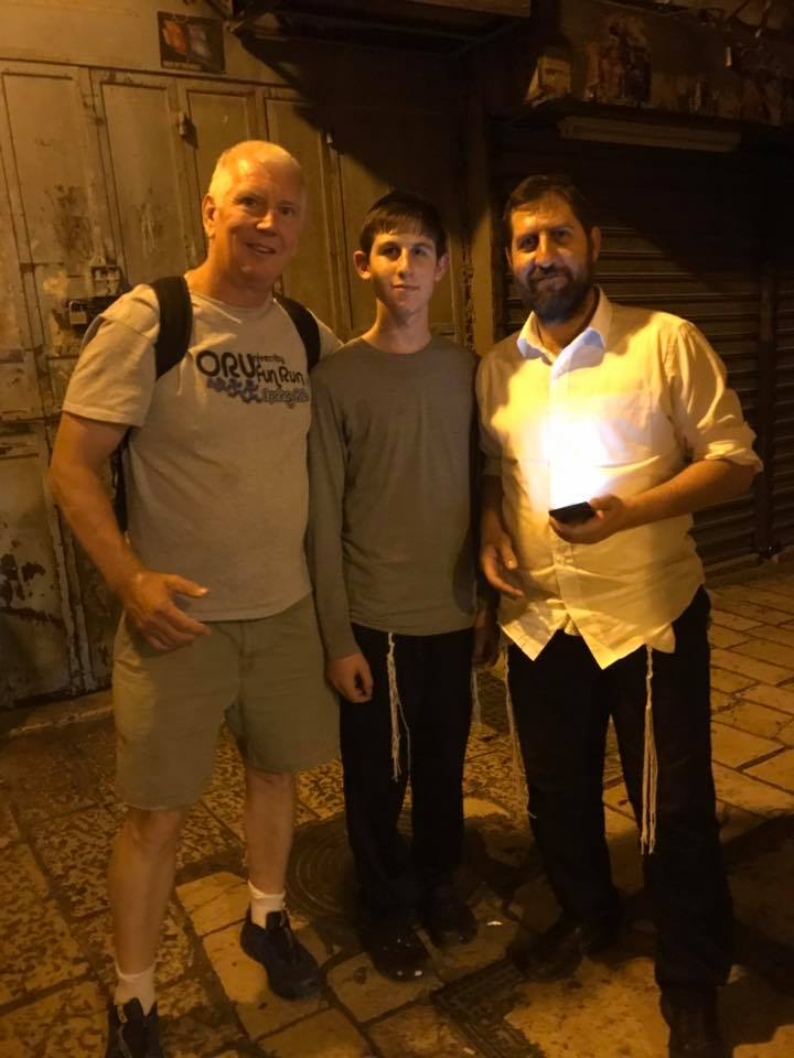 Jerusalem helpers1